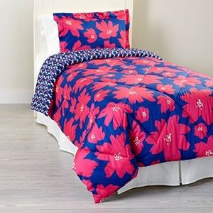 Never Used Vera Bradley Art Poppys Comforter Set